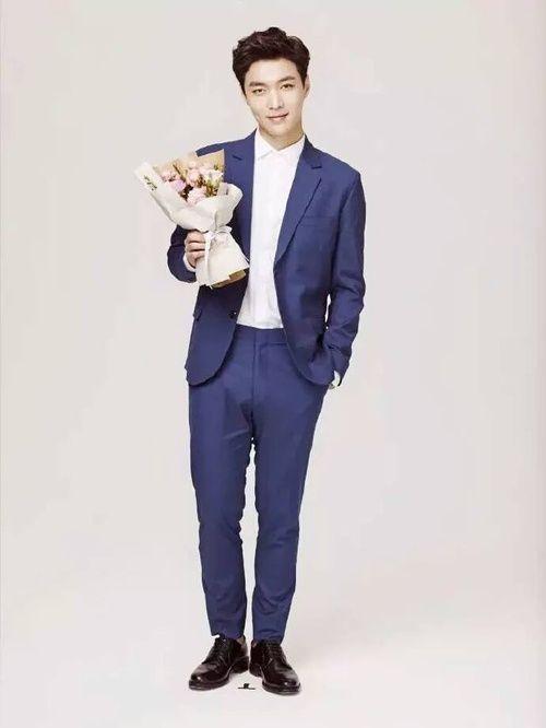 Las etiquetas más populares para esta imagen incluyen: lay, exo, kpop y zhang yixing