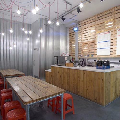 SMALL RESTAURANT WITH SIMPLE INTERIOR DESIGN VARIOUS KINDS OF WOOD