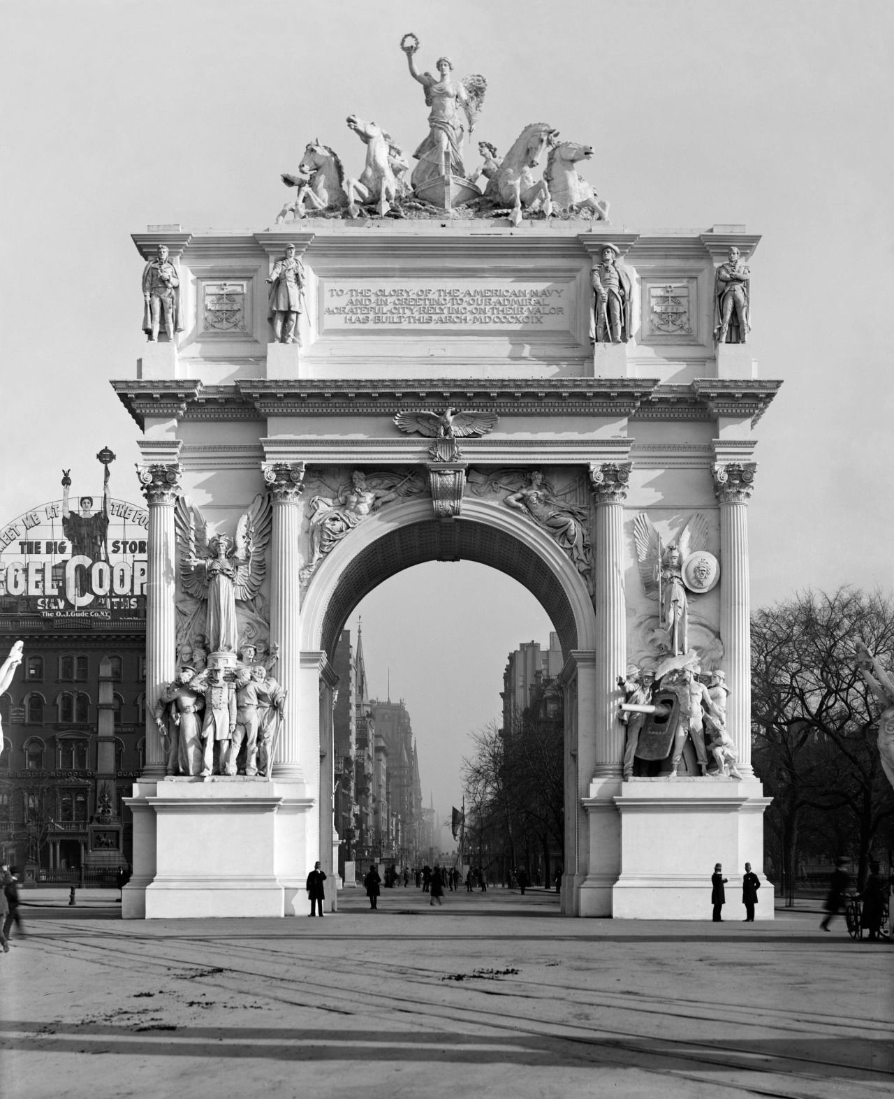 "historicaltimes: "" The Dewey Arch, photographed here in 1899, was a magnificent triumphal arch that stood in Madison Square in NYC, which celebrated the victory in the Battle of Manila Bay at the..."