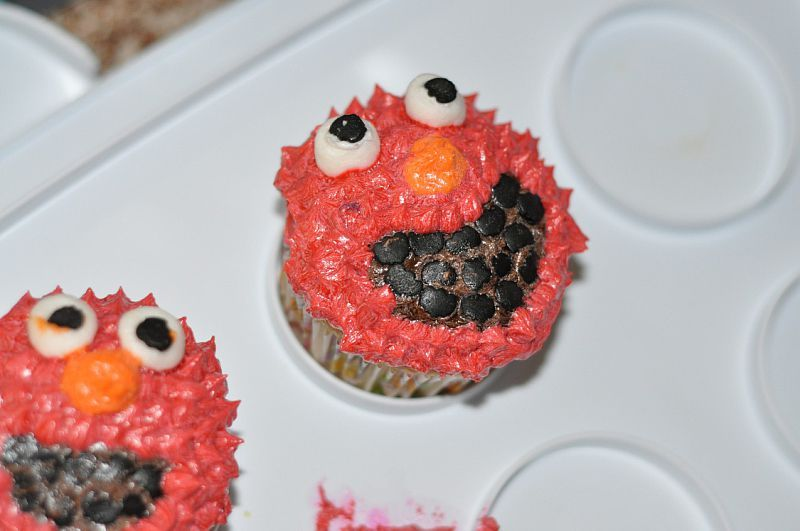 Gluten Free Elmo Cupca