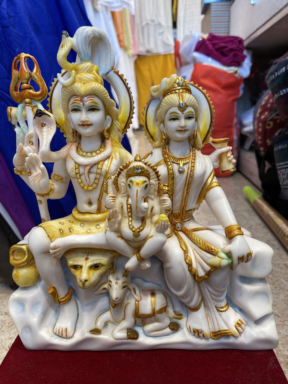 Shiva Family 10inches Shiv Parivar Shiva Statue Parvati Etsy In 2020 Shiva Lord Shiva Statue Shiva Statue
