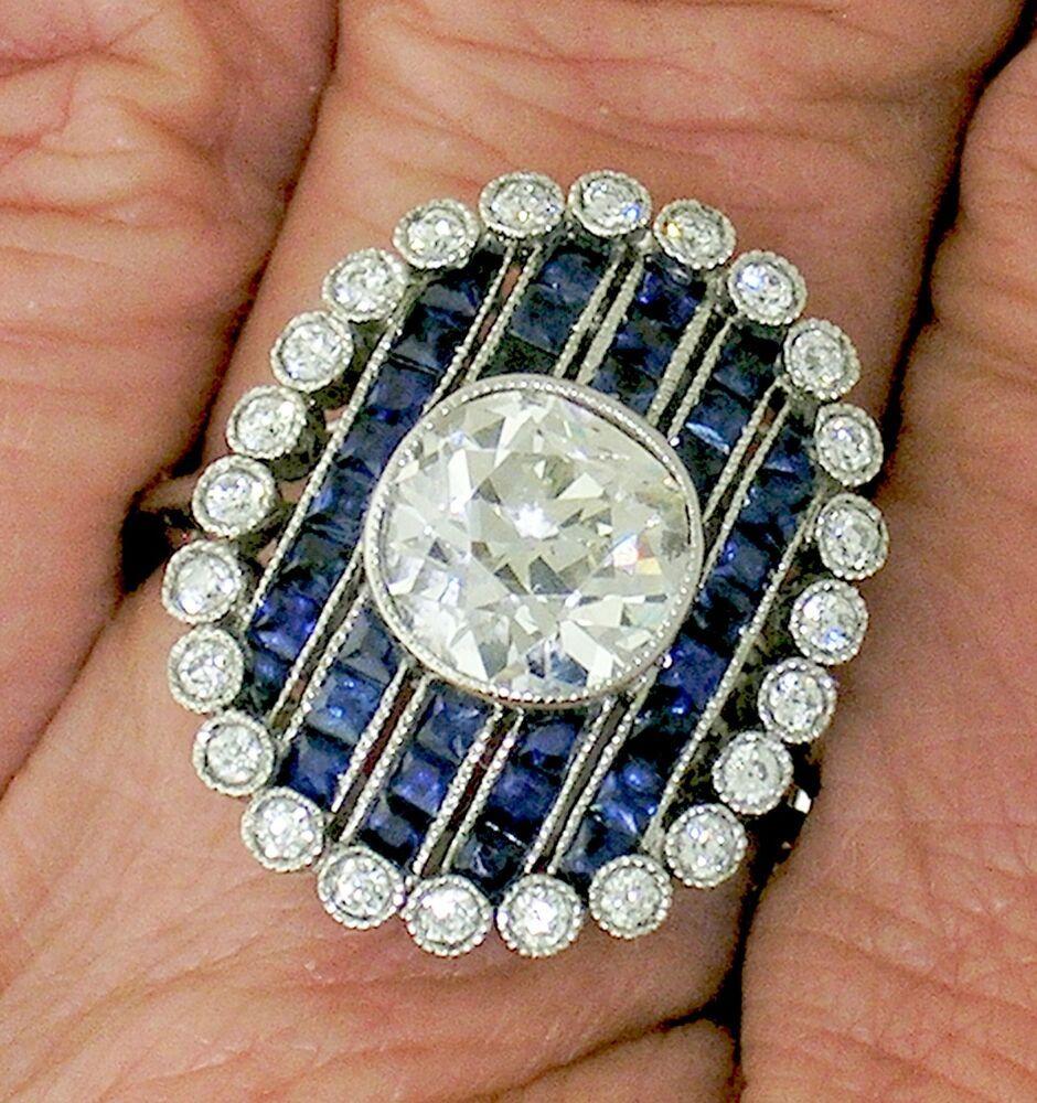 Diamond & Sapphire RingStriking Art Deco Diamond