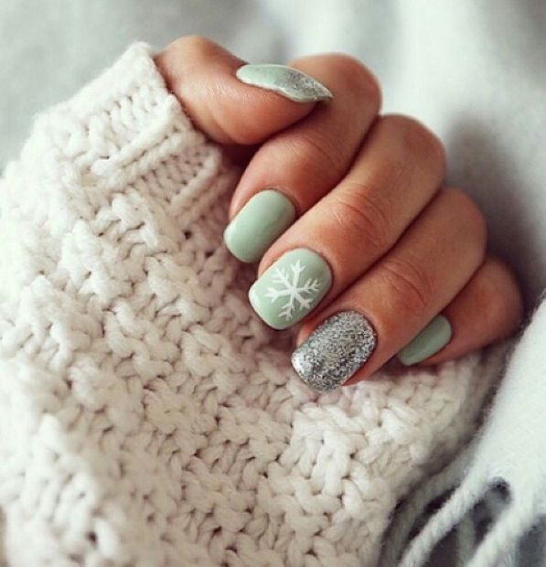 Mint Green Winter Themed With Silver Glitter Accent From Insta Americanstyle Red Christmas Nails Mint Green Nails Holiday Nail Designs