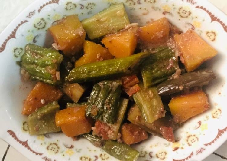 Recipe Delicious Vegetables In Shrimp Paste Simple Pinakbet Recipe Delicious Vegetables Pinakbet Shrimp Recipes Easy