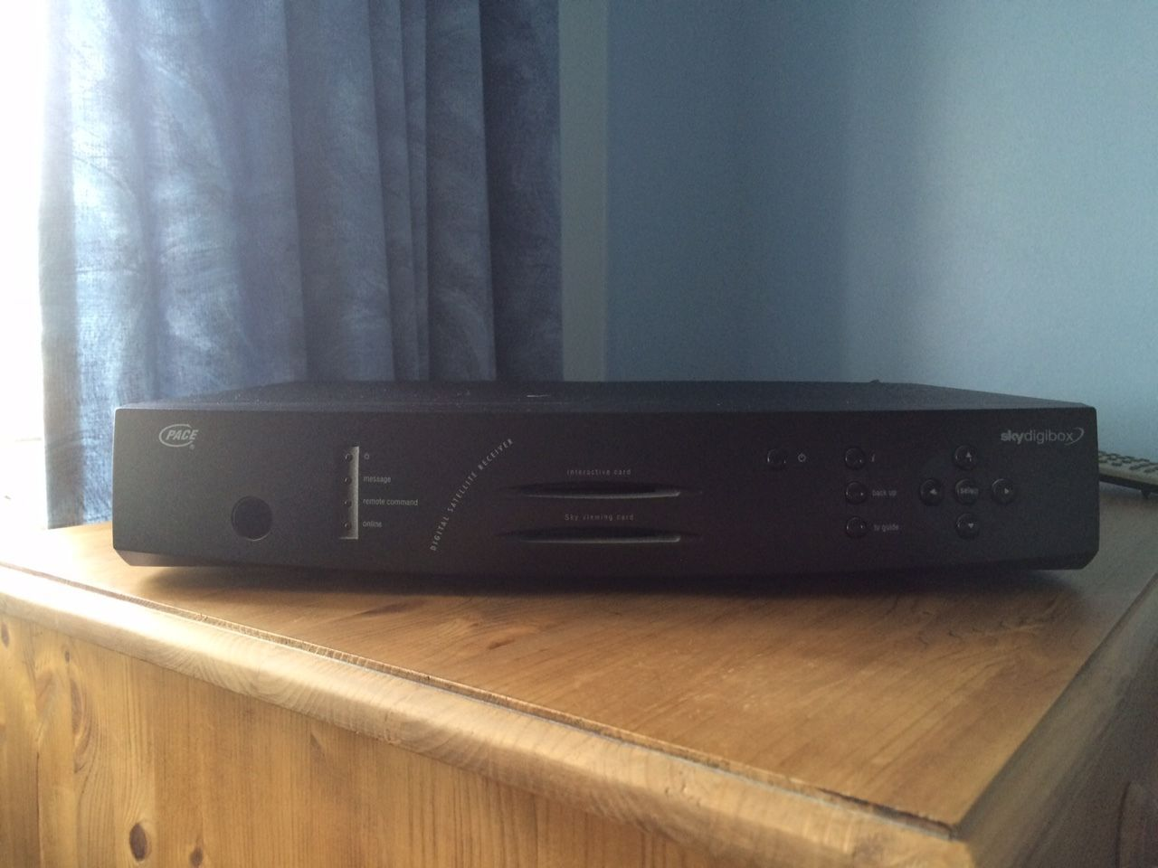 sky box 1998 Satellite receiver, Electronic products