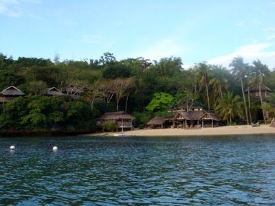 Isla Naburot Is Small Islet Just Off The Western Coast Of Guimaras Island Just 50 Minutes By Pumpboat From Iloilo S Port San Pedro Western Coast Isla Resort