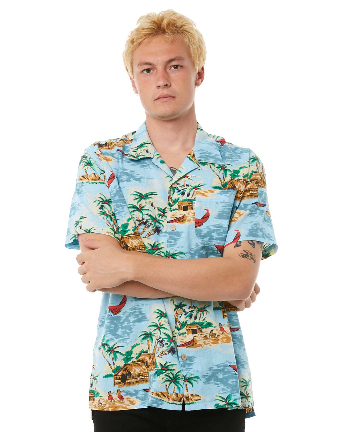 eac836b8 Levi`S Ss Mens Hawaiian Shirt - Pelican | SurfStitch | Floral ...