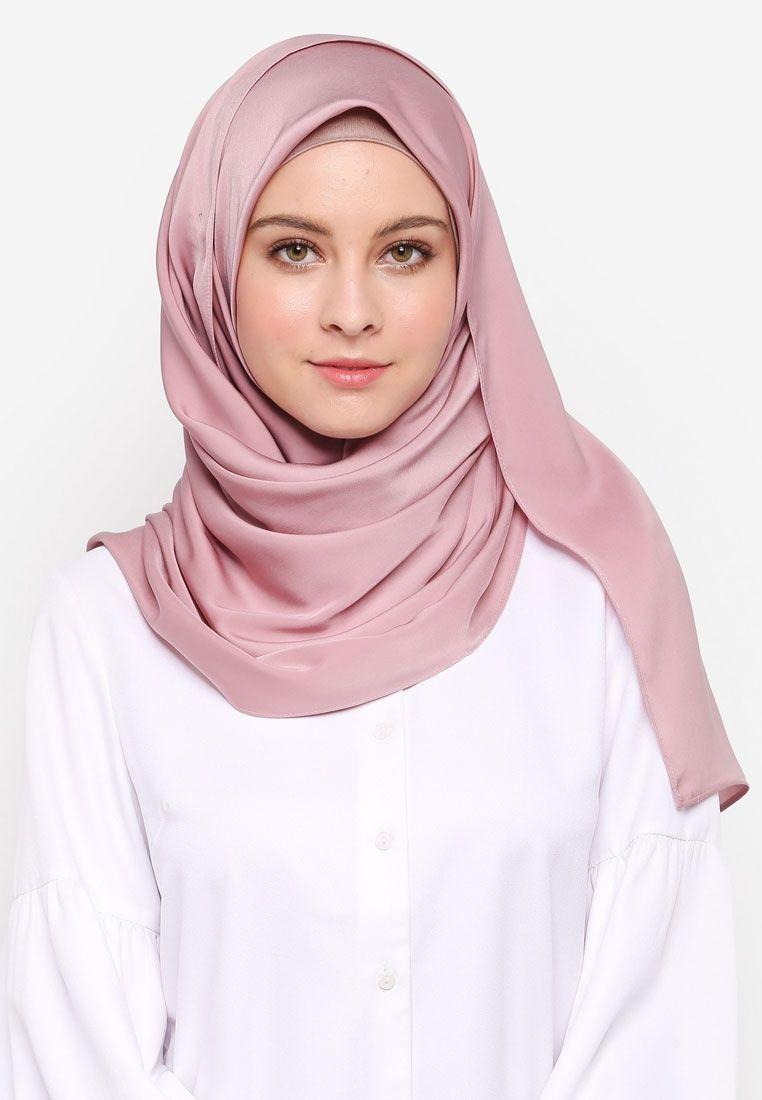 Vercato Pink Diva Matte Satin Shawl E5cf4aa8124ee2gs 1 Beautiful Hijab Matte Satin Hijab Outfit