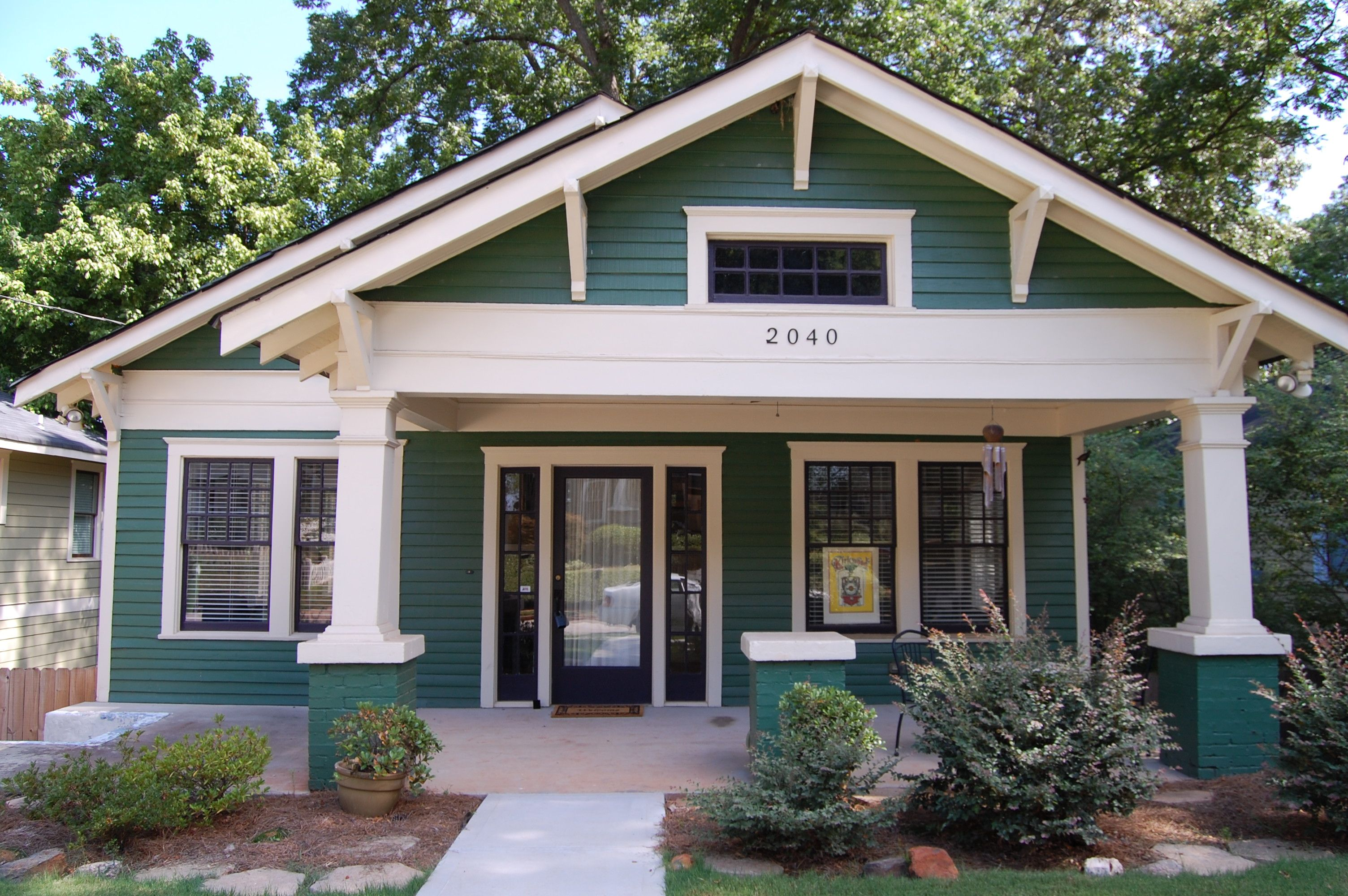 Pin By Angie Ibarra On Atlanta Bungalows Craftsman Bungalow Exterior Craftsman Bungalows Exterior House Colors