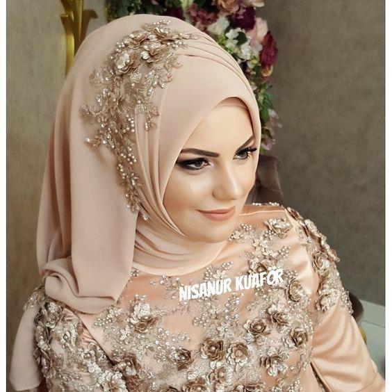 8 276 Likes 47 Comments Nisanur Sac Turban Tasarim Nsnur On Instagram Nisanur Wedding Hijab Styles Bridal Hijab Styles Hijab Fashion
