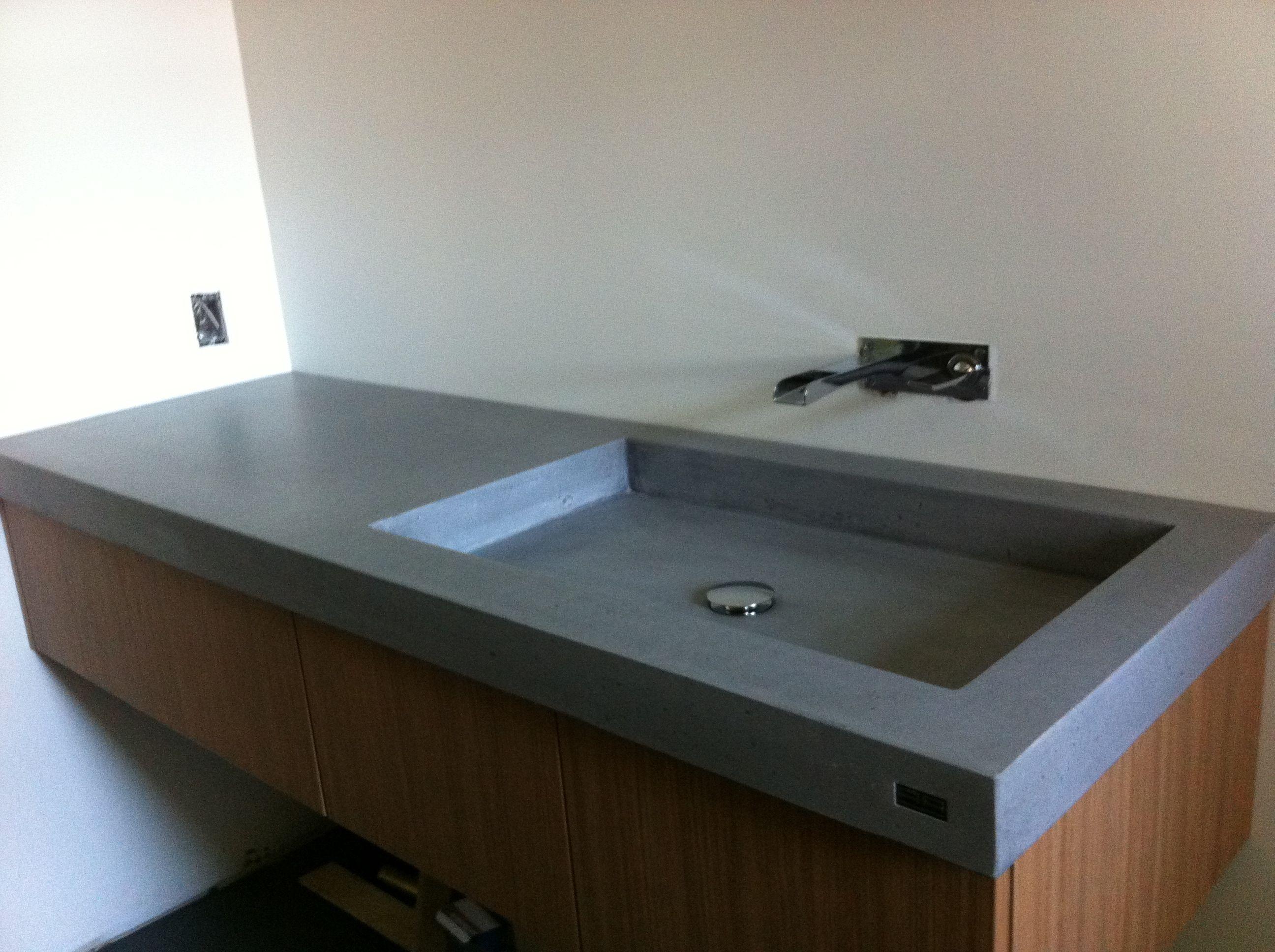 comptoir de b ton avec vier int grer cuisine maison pinterest comptoirs. Black Bedroom Furniture Sets. Home Design Ideas