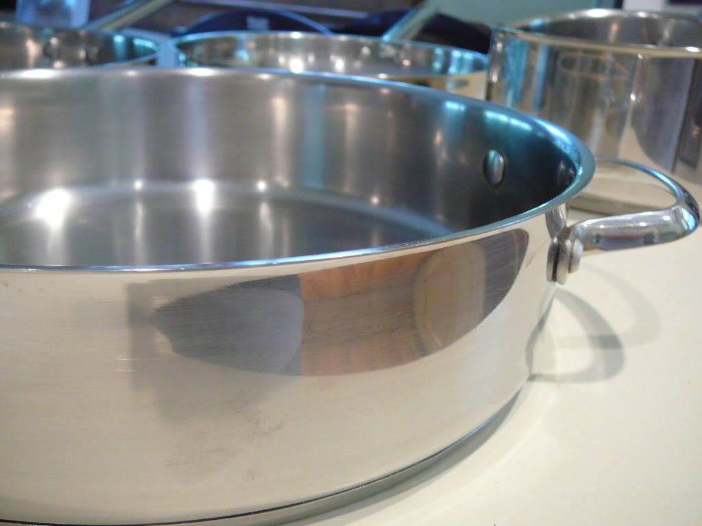 how to clean stainless steel pots pans get them to sparkle like new again jolly mom. Black Bedroom Furniture Sets. Home Design Ideas