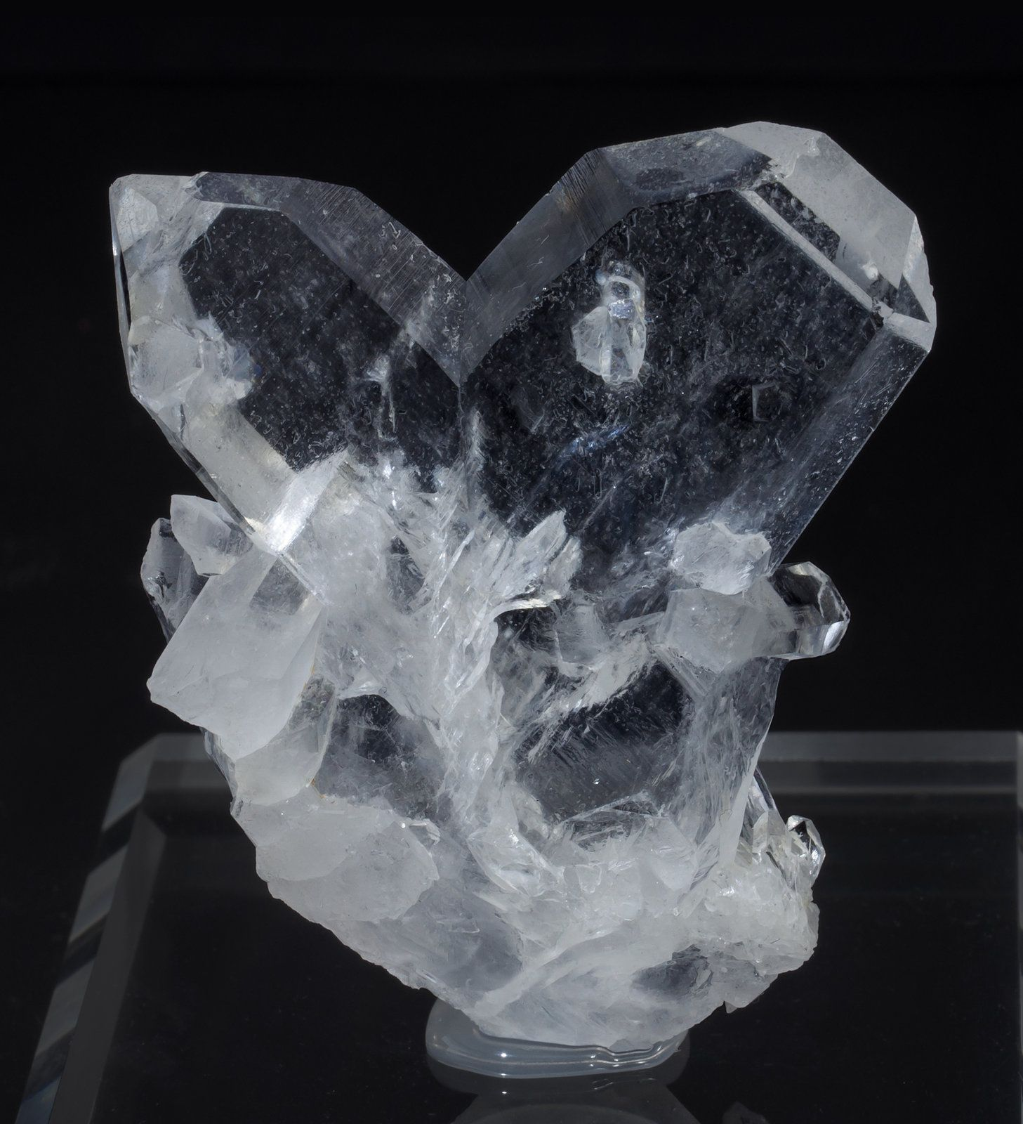 specimens/s_imagesAB2/Quartz-TF69AB2f.jpg