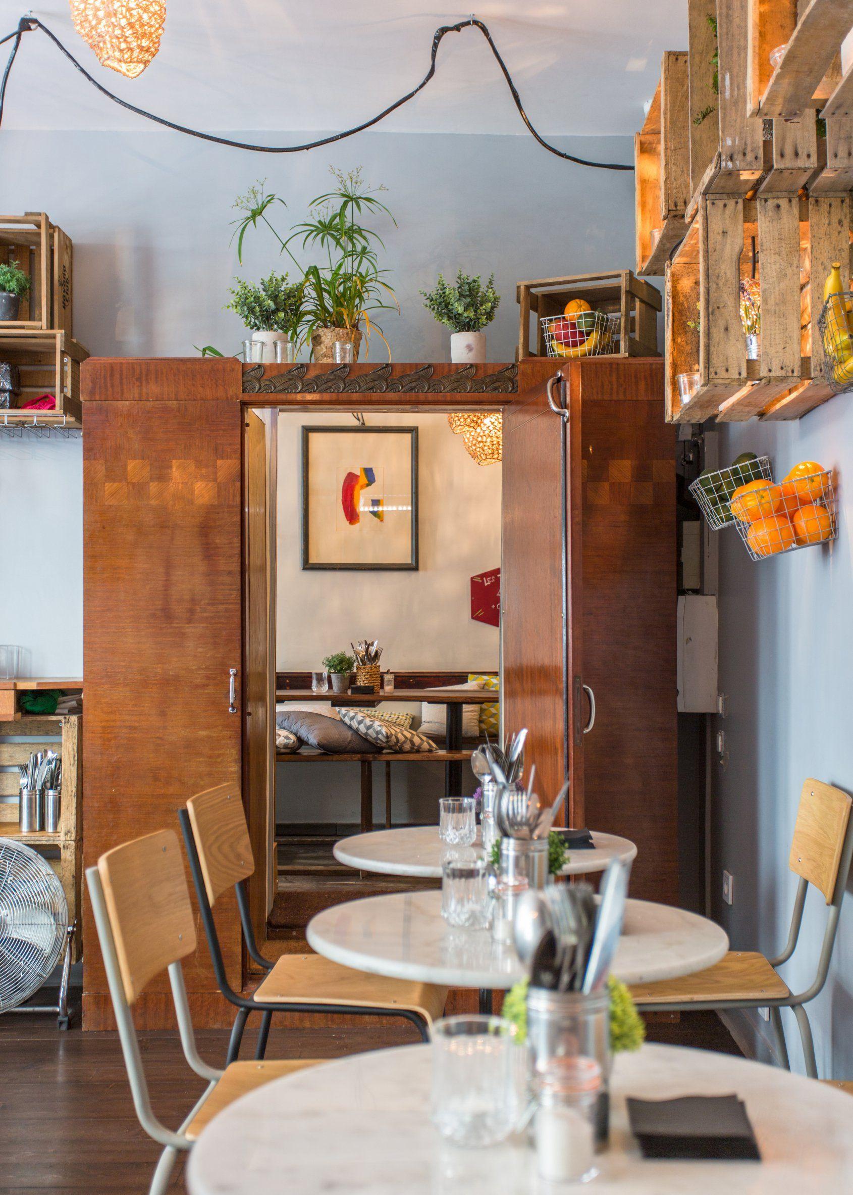 La Mangerie Le Garde Manger Du Marais A Paris Restaurant Paris Decoration De Cafe Decoration Bar