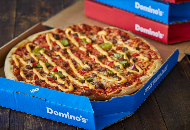 Easiest Fastest Tastiest Inside Pizza Hut S Brand Strategy To Topple Domino S Classic Pizza Tasty Pizza You