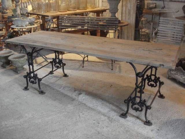 cast iron base tableluvluvluv - Kitchen Table Sewing
