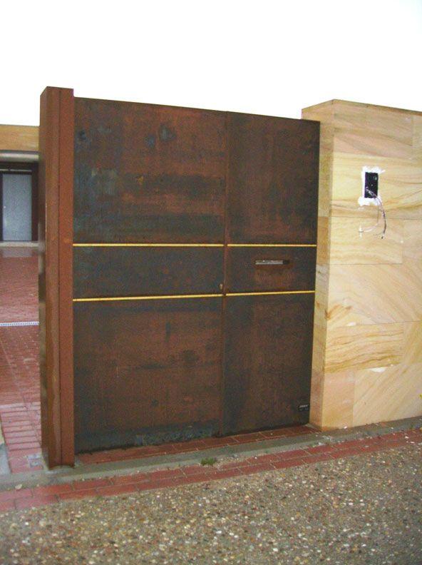 Chapa microperfora oxidada buscar con google puertas for Puertas metalicas exterior jardin