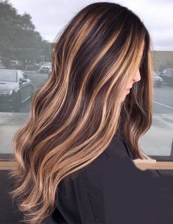 Lovely Caramel Hair Color Highlights for Long Hair
