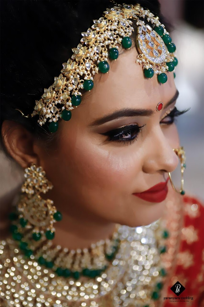 Bridal Makeup Bride Wearing a Gold Choker with a Gold