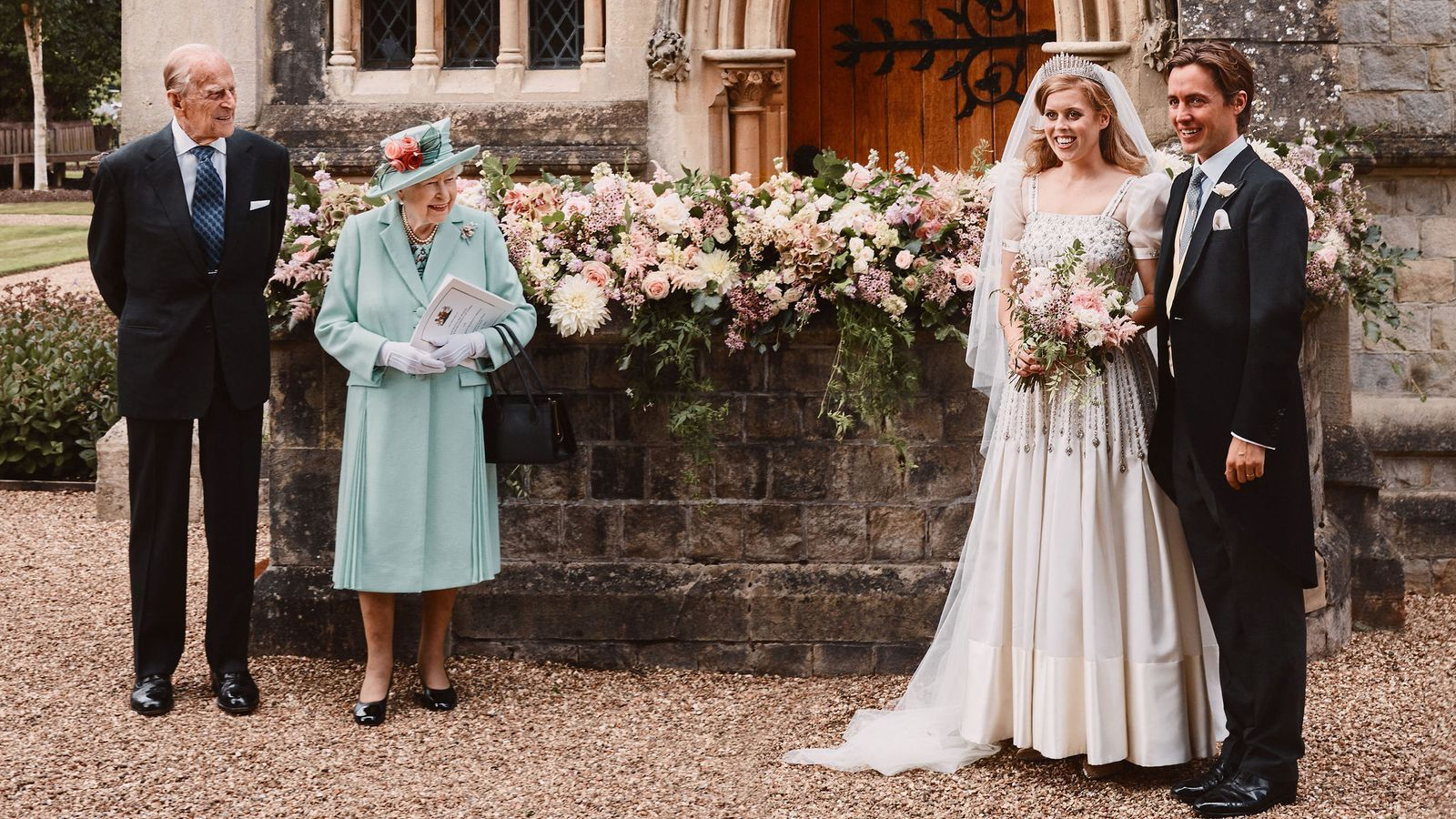 Princess Beatrice Wedding First Photos From Ceremony Show Royal In Queen S Dress And Tiara Princess Beatrice Wedding Royal Brides Princess Beatrice [ 900 x 1600 Pixel ]