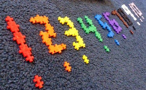 Toys are Tools: Disrupt Your Toy Box: DIY Plus Plus Clock...using PlusPlus to build numbers