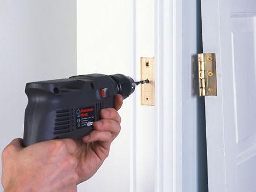 Door Repair 101 How To Fix A Squeaky Door Hinge Gaps