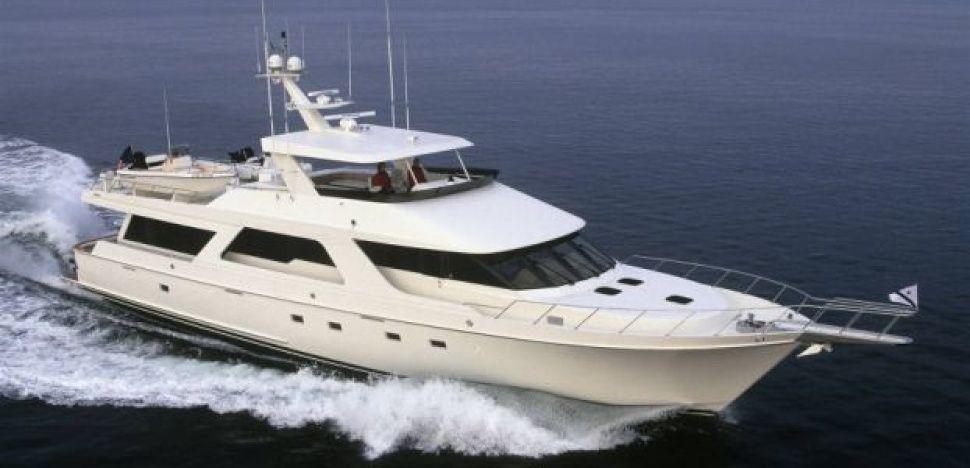 Everyday enjoy the luxury and thrill of yachtcharterdubai