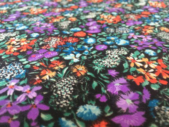 Vintage 70er Stoff 70cm x 140m: Flower von GermanVintageFabric