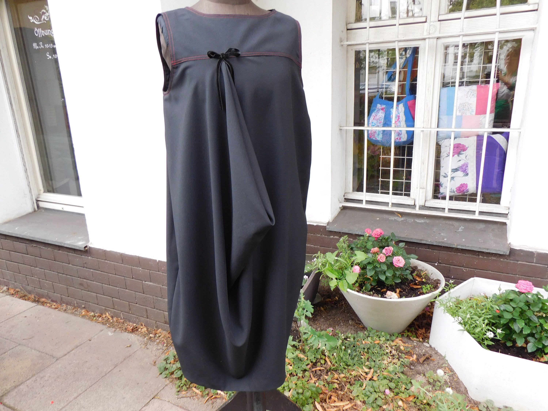schwarz rotes Kleid mit Falten schwarzes Kleid schwarzes Kleid 13