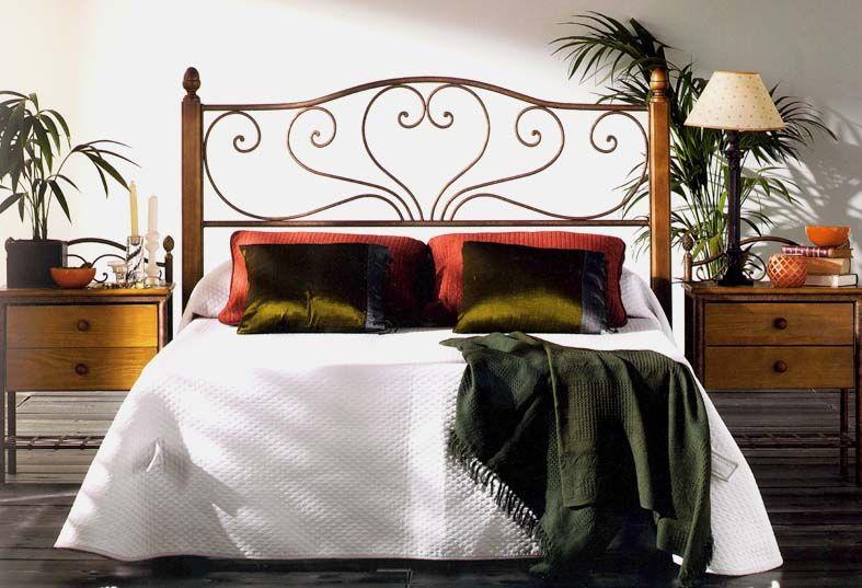 Tête de lit en fer forgé et bois modèle SANDRA Décoration Beltran - peinture bois et fer