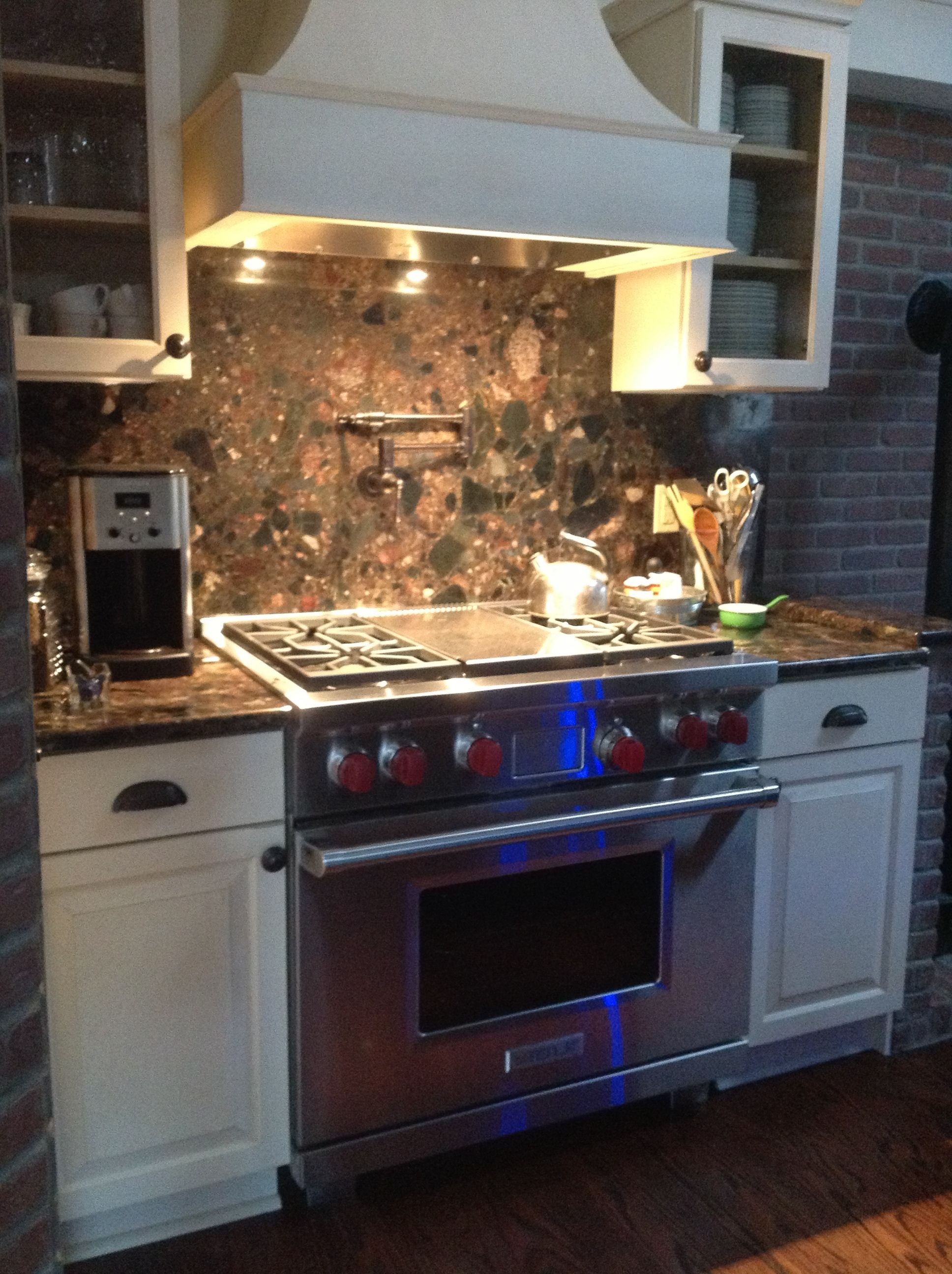 LKB Kitchen: Cream and Charcoal Showplace Cabinets, Red ...