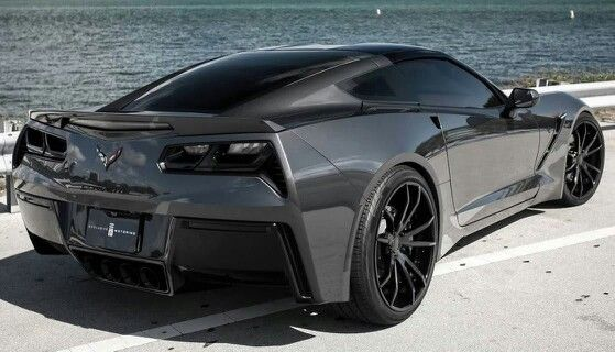 All black Corvette Stingray~