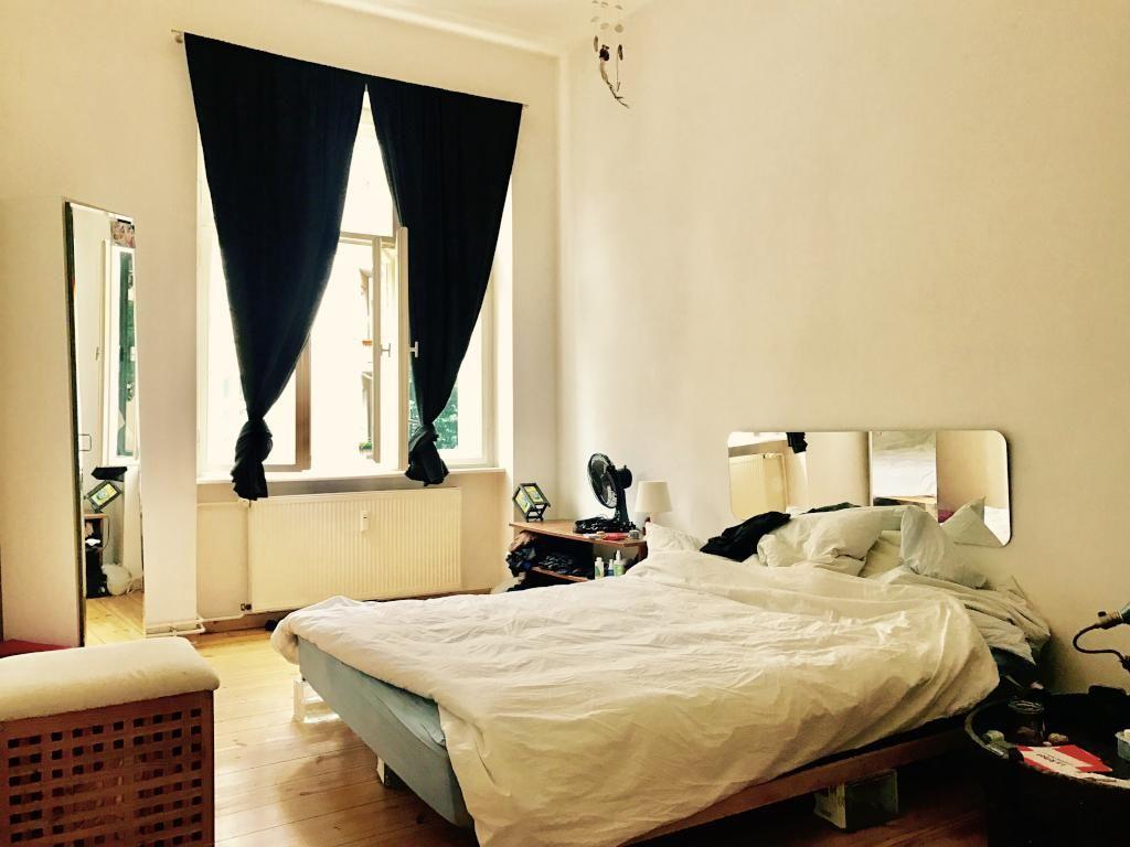 Gemütliches Schlafzimmer ~ Gemütliches schlafzimmer mit großem doppelbett cozy bedroom