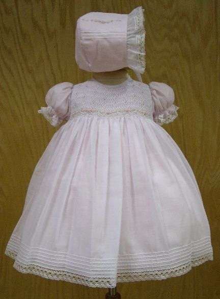 $68 Blush Pink Gown and Bonnet set. Gorgeous Smocking with pearls ...