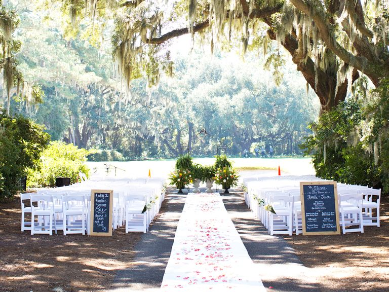 Outdoor Wedding Ceremony Locations: Can I Have An Aisle Runner For An Outdoor Ceremony