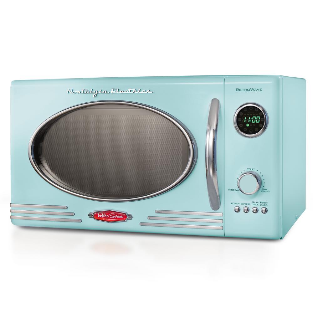 Nostalgia 0 9 Cu Ft Countertop Microwave Oven In Aqua Rmo4aq Retro Appliances Nostalgia Electrics Retro Nostalgia Electrics