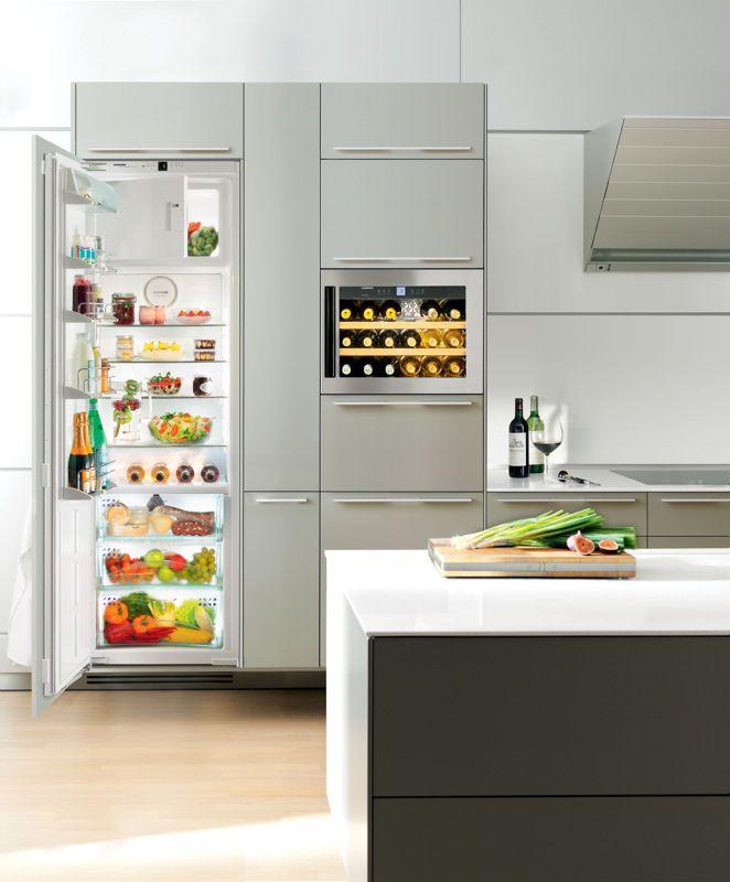 Integrated fridge / wine cellar