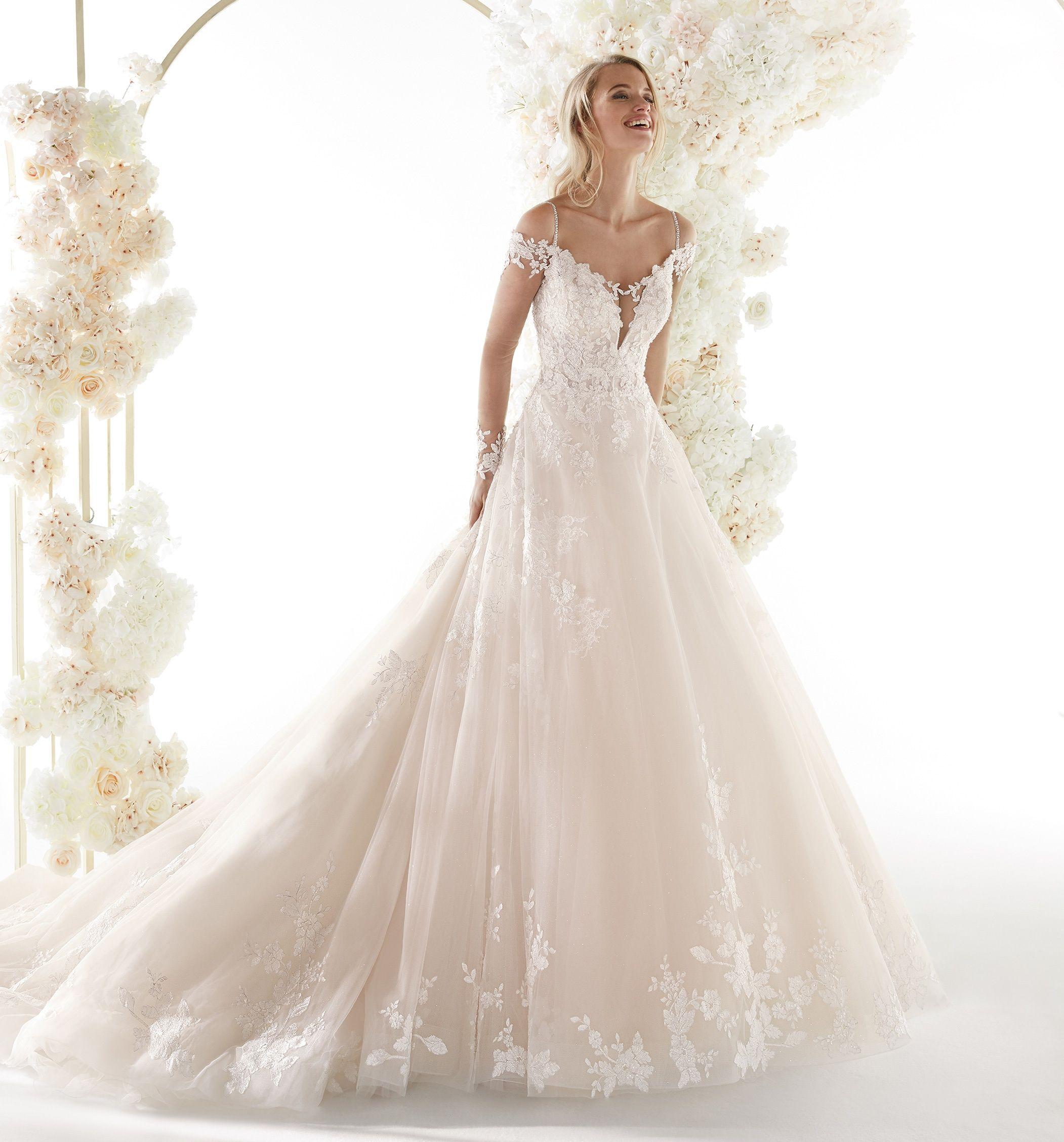 Moda Sposa 2020 Collezione Colet Coa20681 Abito Da Sposa Nicole Abiti Da Sposa Laccio Abito Da Sposa Sposa