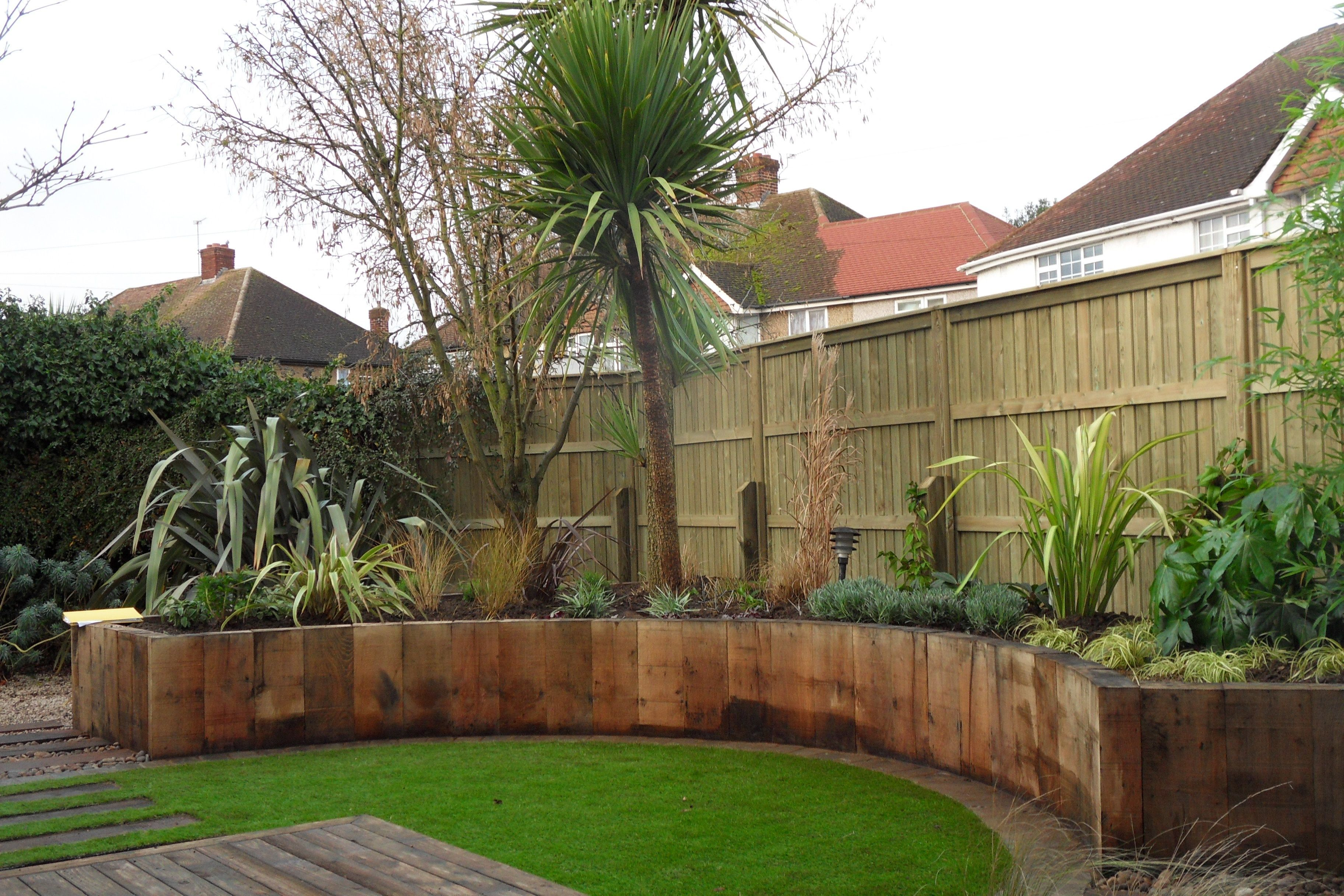 A contemporary garden design in Stanwell | Garden design ideas ...