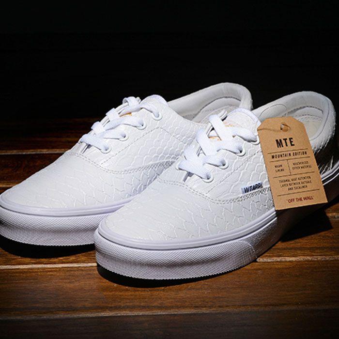 4e1274ef64 Vans White Crocodile Skin Era Shoes Classic Canvas