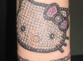 Hello Kitty Bling by Joe Reno