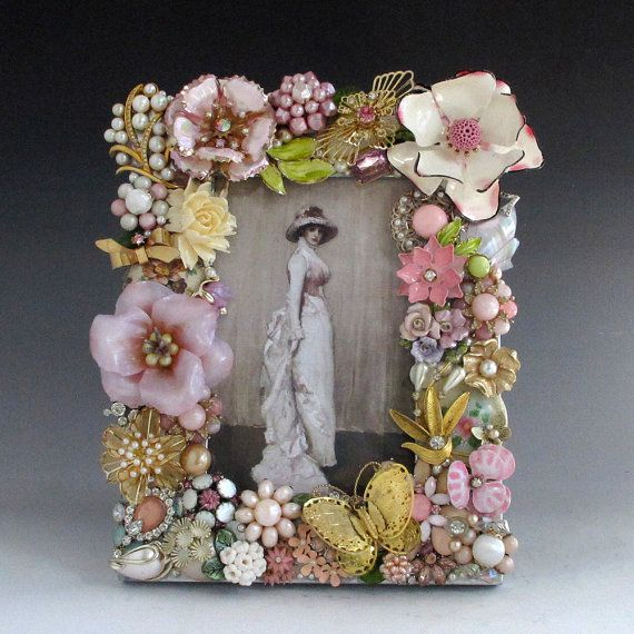 Pink Victorian Floral Picture Frame Handcrafted of Vintage Jewelry ...