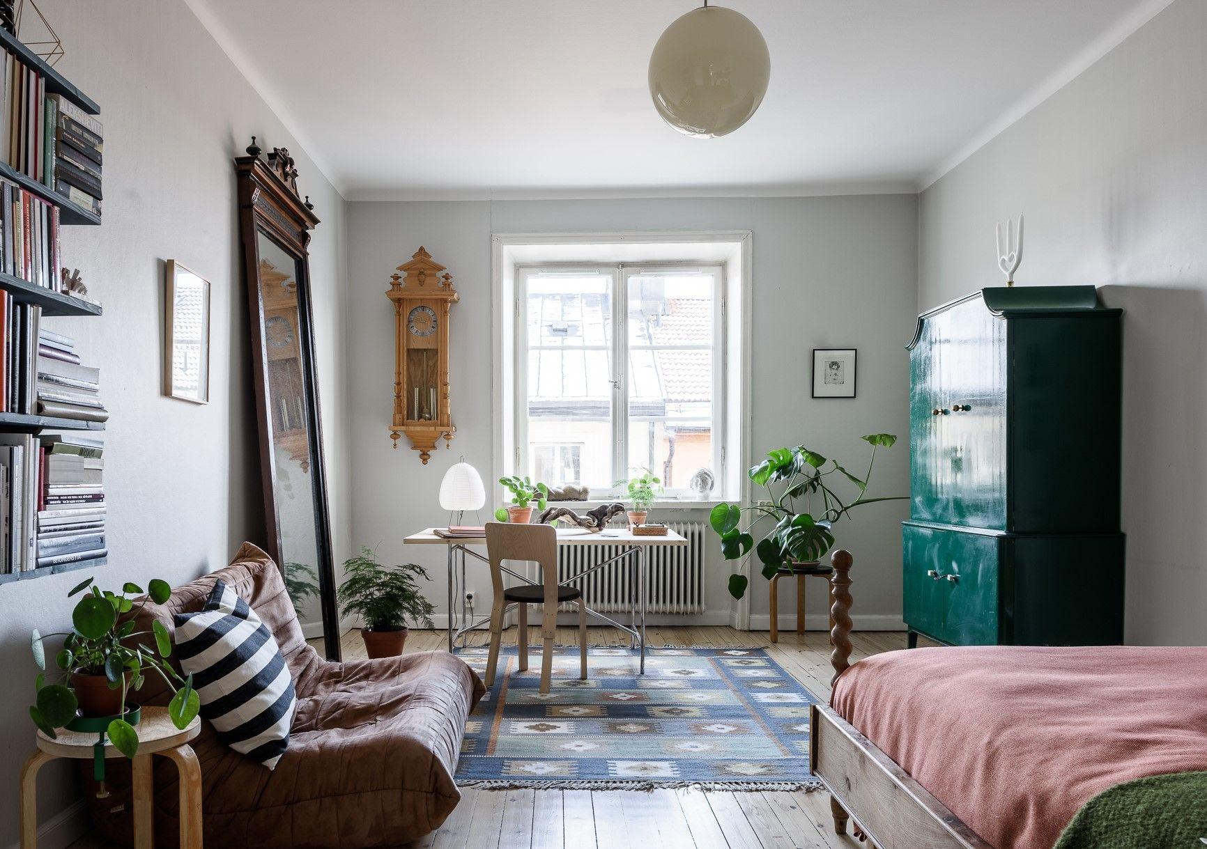 Eclectic studio apartment Cute Apartment Apartment Living