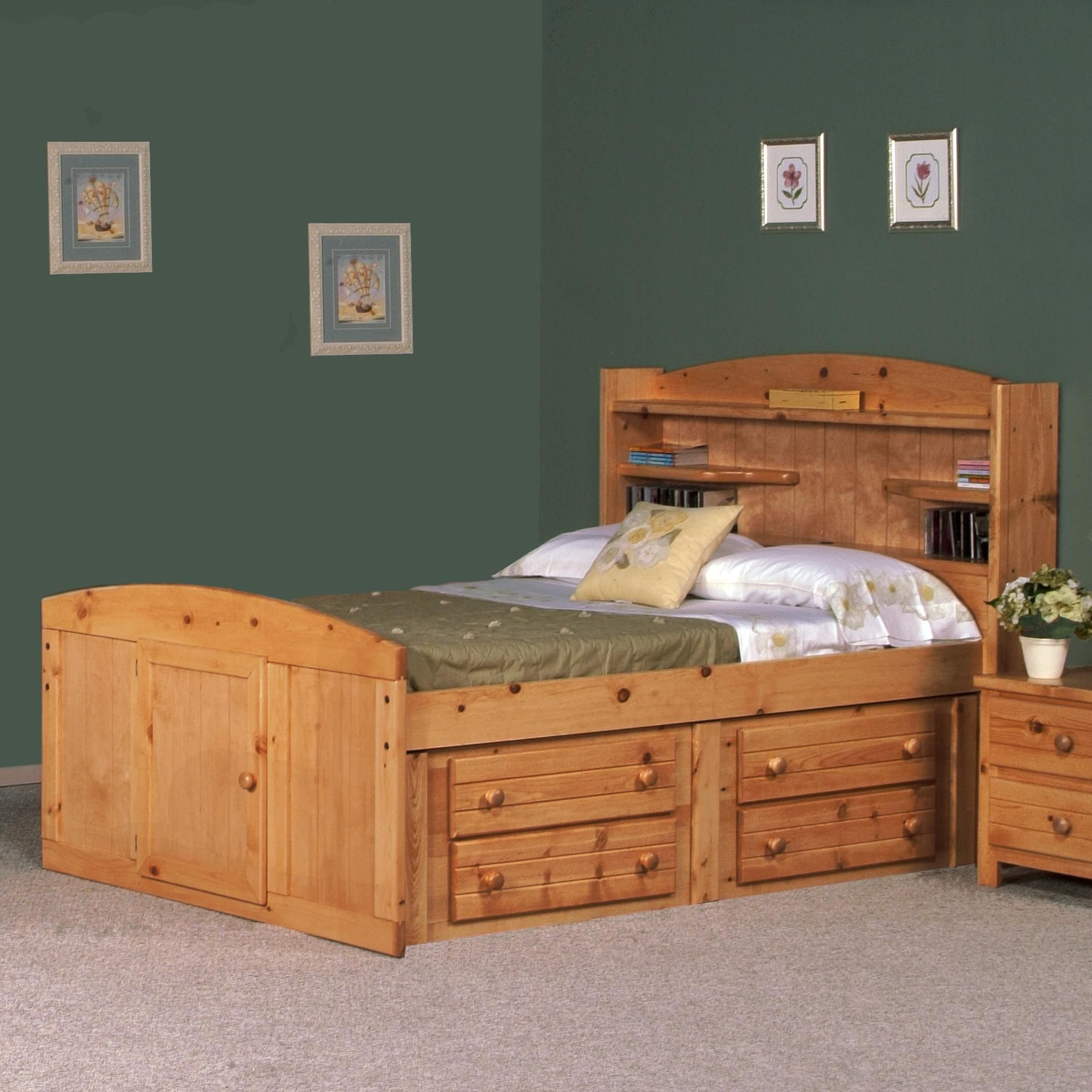 Bayview Full Palomino Bed by Trendwood  Cute Bedroom set for a     Bayview Full Palomino Bed by Trendwood  Cute Bedroom set for a teenage boy