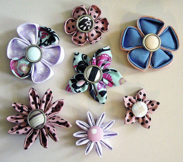 Flowers made with Clover\'s kanzashi flower makers. | Flowers ...