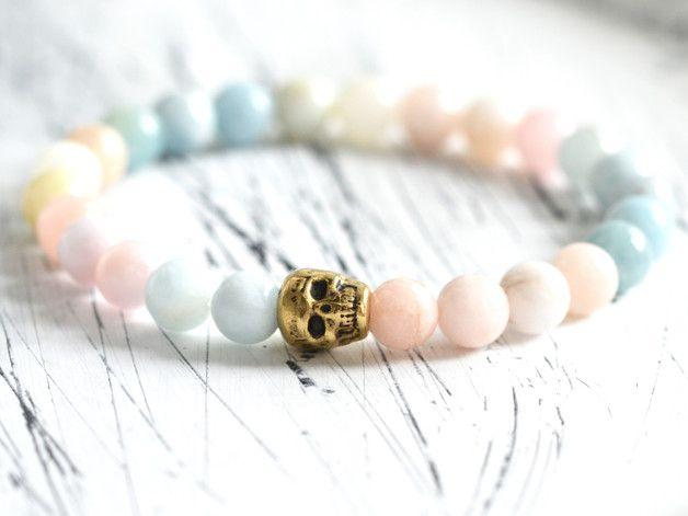 Veredel dein cooles Styling mit diesem einzigartig gefertigten und spirituellen Schmuckstück aus Morganit Edelstein Perlen(8mm) auf stabilem…