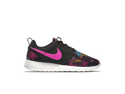 Nike Roshe One Print Women's Shoe, black/sail/pink foil