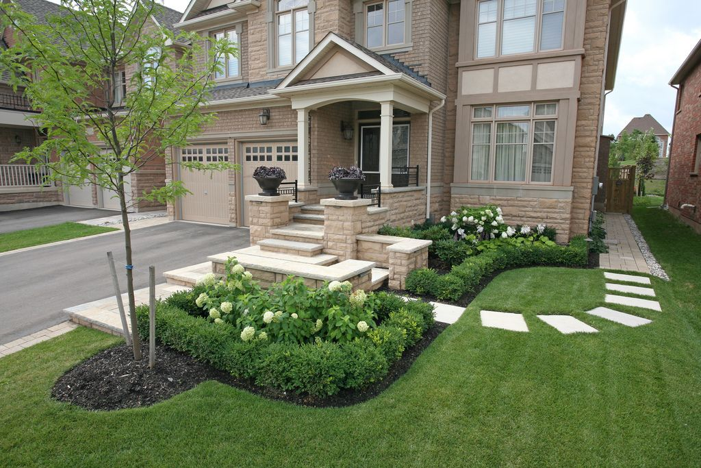 Landscaping how to handle a side entrance landscaping for Garden entrance ideas