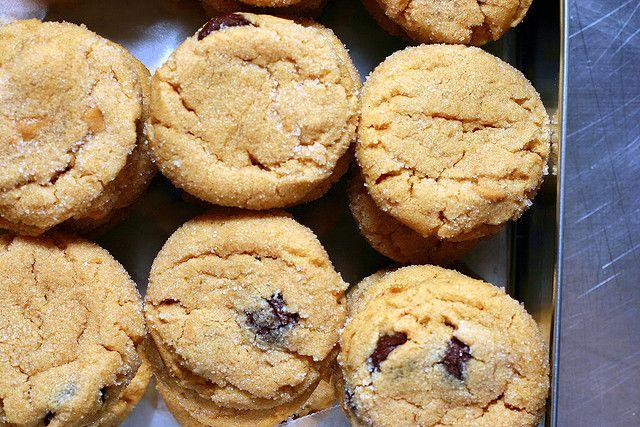 recipe: peanut butter cookies by smitten kitchen