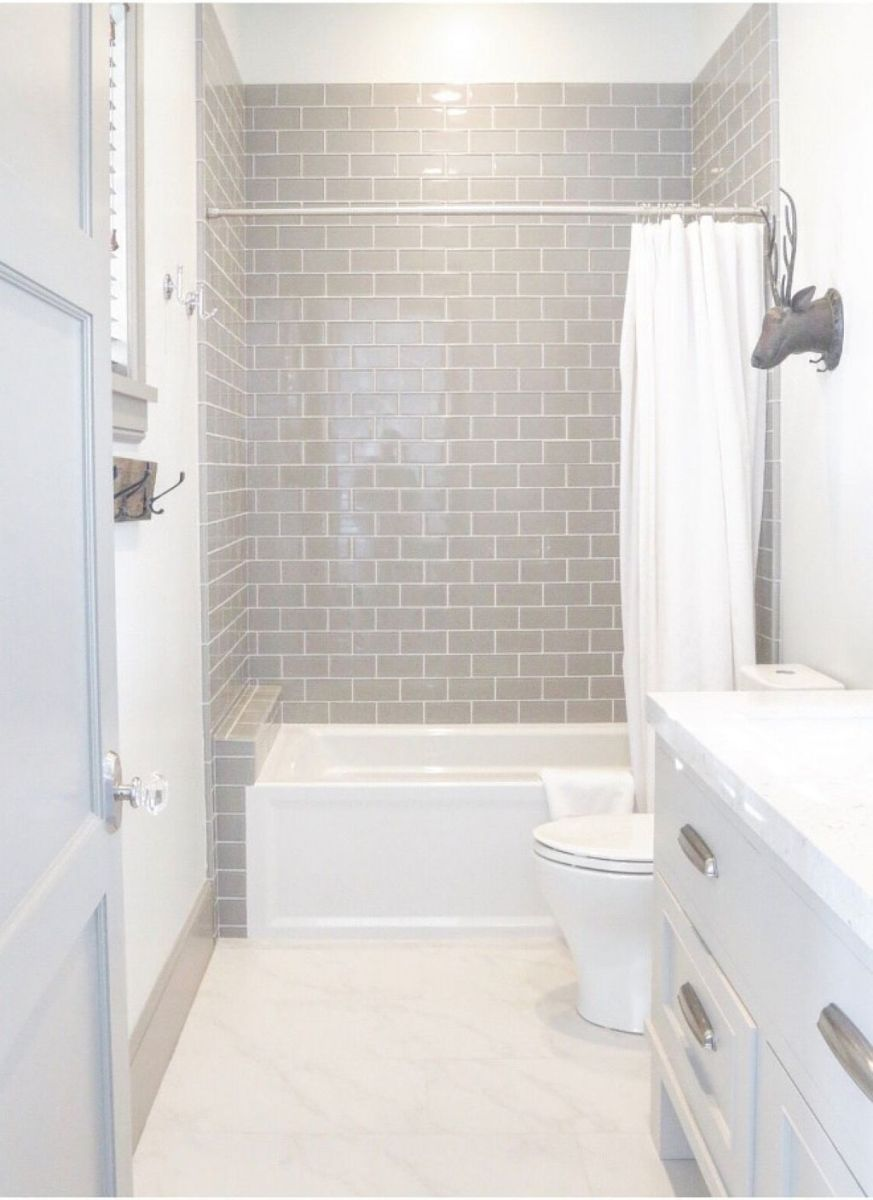 56 Awesome Small Bathroom Remodel Ideas Bathrooms Remodel Small Master Bathroom Small Bathroom Remodel